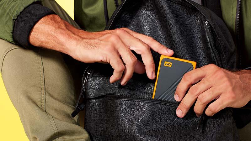 MyPassport Go, harde schijf, rubberen beschermhoes, stabiele harde schijf, ingebouwde kabel, SSD-technologie, draagbare harde schijf