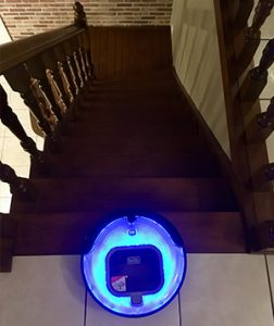 Aspirateur_robot-escaliers_Black+Decker