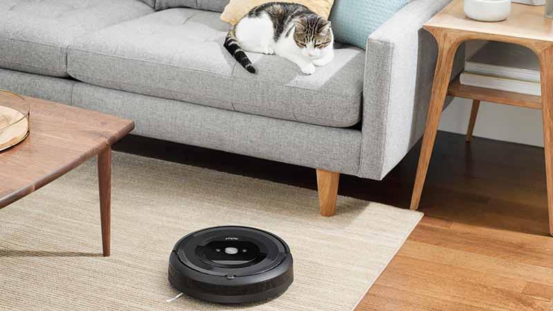 iRobot Roomba e5, robot aspirateur, capteurs Dirt Detect, système de nettoyage en trois étapes, AeroForce détache, iRobot HOME-app