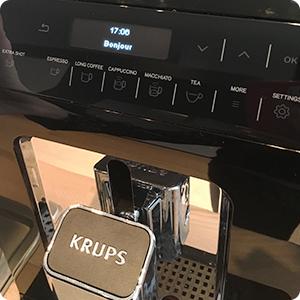 Krups Evidence : la machine à café full auto par excellence ?