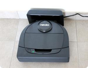Une semaine avec l'aspirateur robot connecté Neato Botvac D6